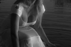 solveiga mikelsone, modeļi, glamūrs, skaistums, pelde, portreti, ķermenis, sieviete, melnbalts